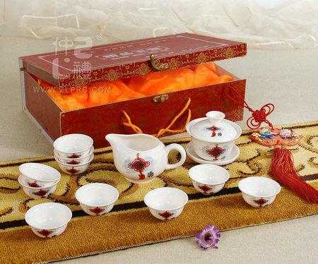 14头玉瓷茶具-中国结